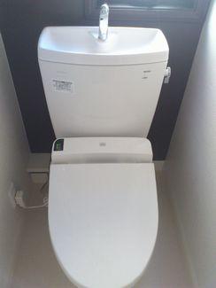 トイレ掃除の尿石除去にサンドペーパーを使うのはどうなんでしょうか?
