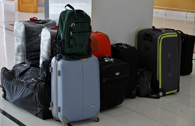 スーツケースの汚れの落とし方