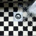 浴室 排水口 排水パイプ 掃除